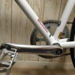 クロスバイクのサドル前後位置を適正に合わせる基準